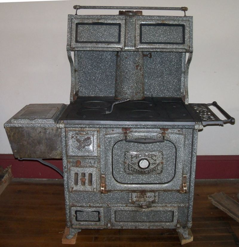 Wood Cook Stoves Kitchen Queen And Bakers Oven Wood Cook